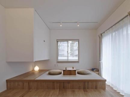 卧室日式榻榻米窗帘设计效果图