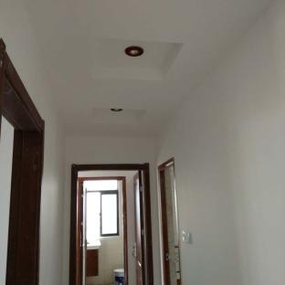 中式风格三居室玄关装修效果图