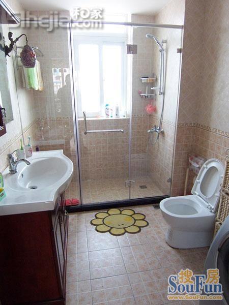 简单实用卫生间及淋浴区设计效果,希望能给大家些启发