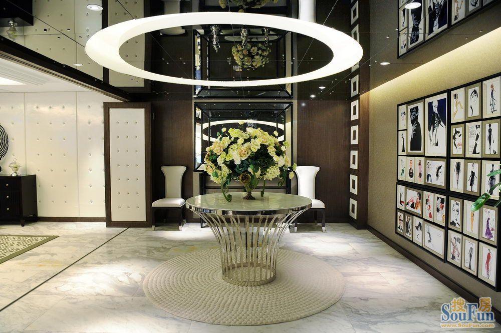 小区-四居室-160㎡-客厅装修效果图-160平4室2厅 其它风格装修案例 高清图片