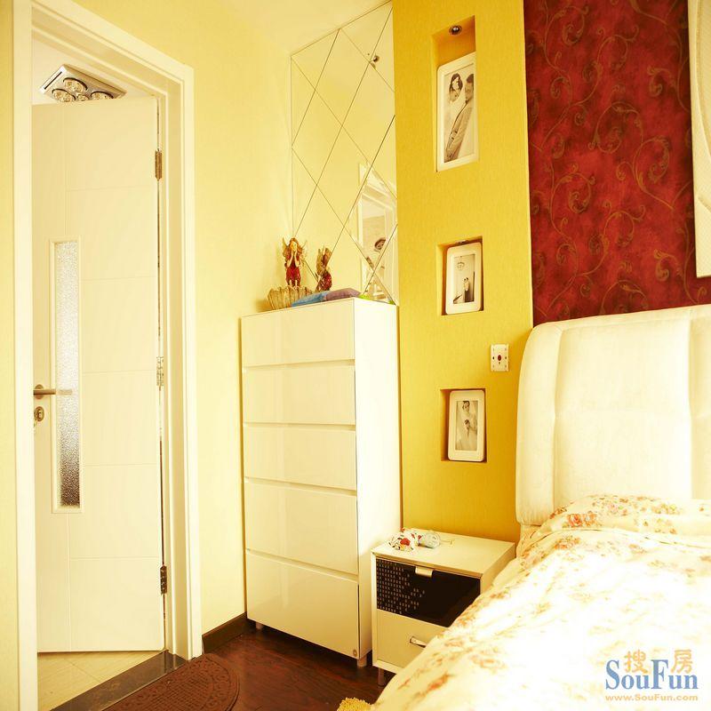 80平2室1厅 现代简约风格装修案例 预算10万元高清图片