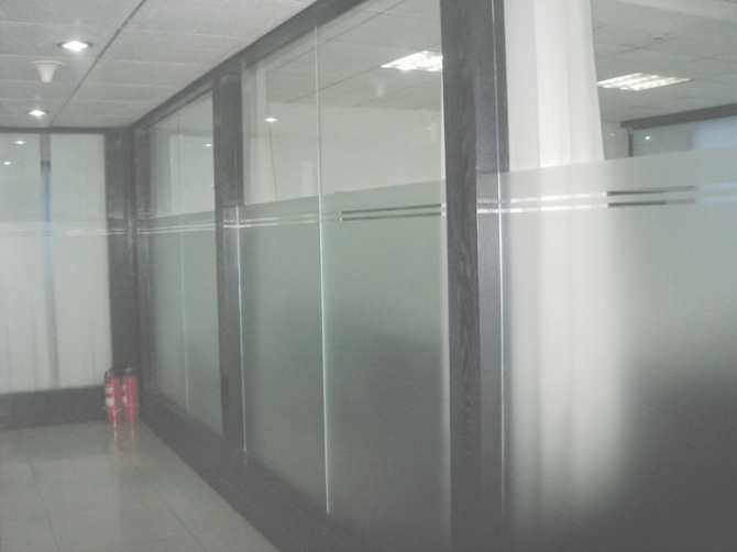 北京办公室磨砂贴膜防撞条