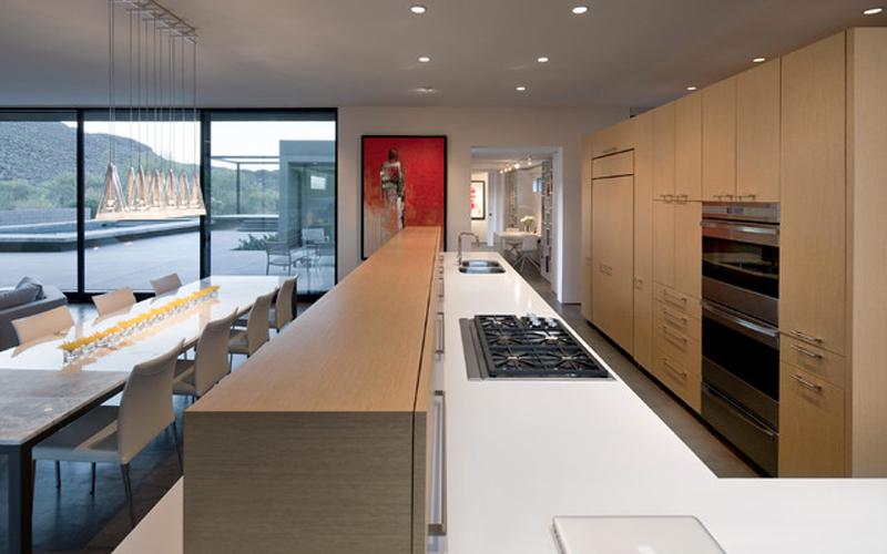 加长的厨房、这样能和家人一起享受做饭的快乐