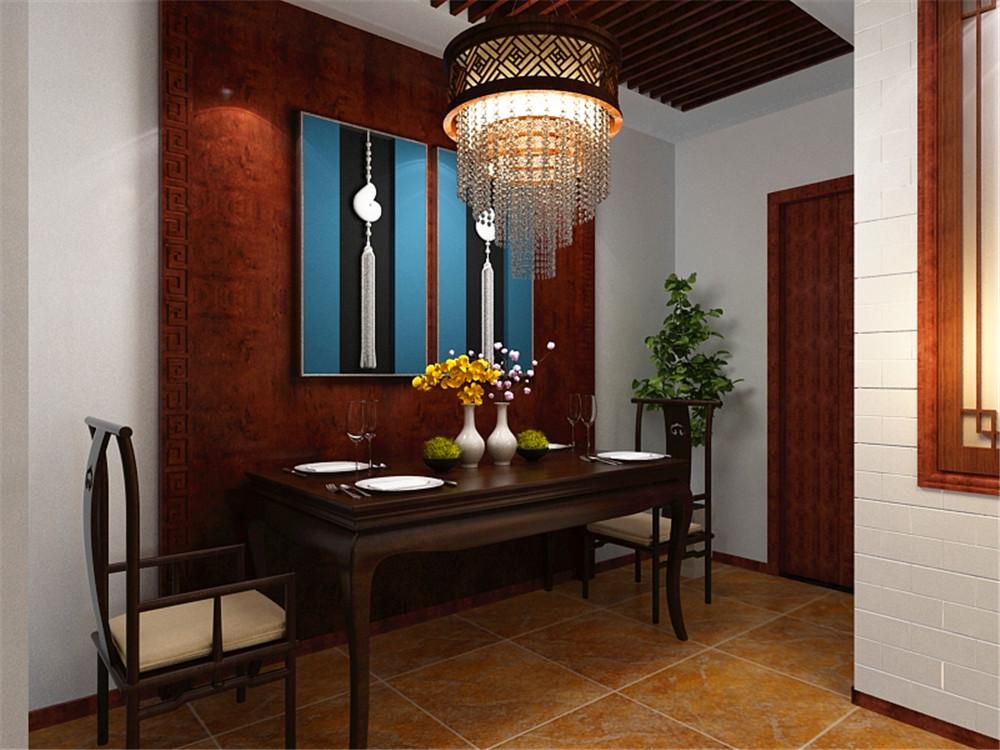 木板的中间是中式特有的水晶吊灯,餐厅背景墙是用梨花木雕琢而成,中间图片