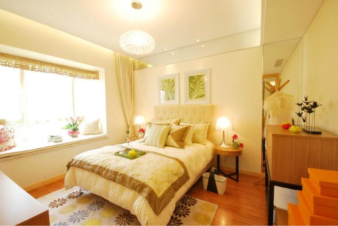 不需要繁琐的装潢和过多家具,在装饰与布置中最大限度的体现空间与家具的整体协调