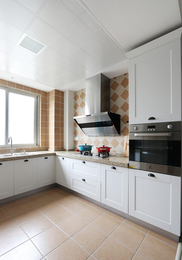 厨房铝扣板吊顶装修效果图