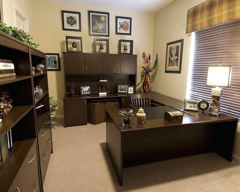 沉稳中式私人办公室装修效果图库