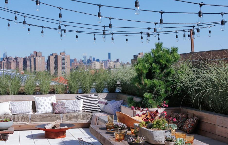 阳光屋顶露台简约风格花园实景图