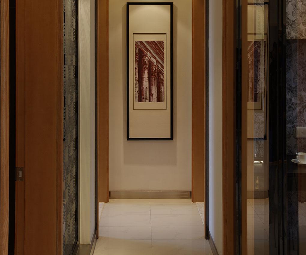 在整个空间上面做的比较大气唯美,丰富了空间,体现出了风格。
