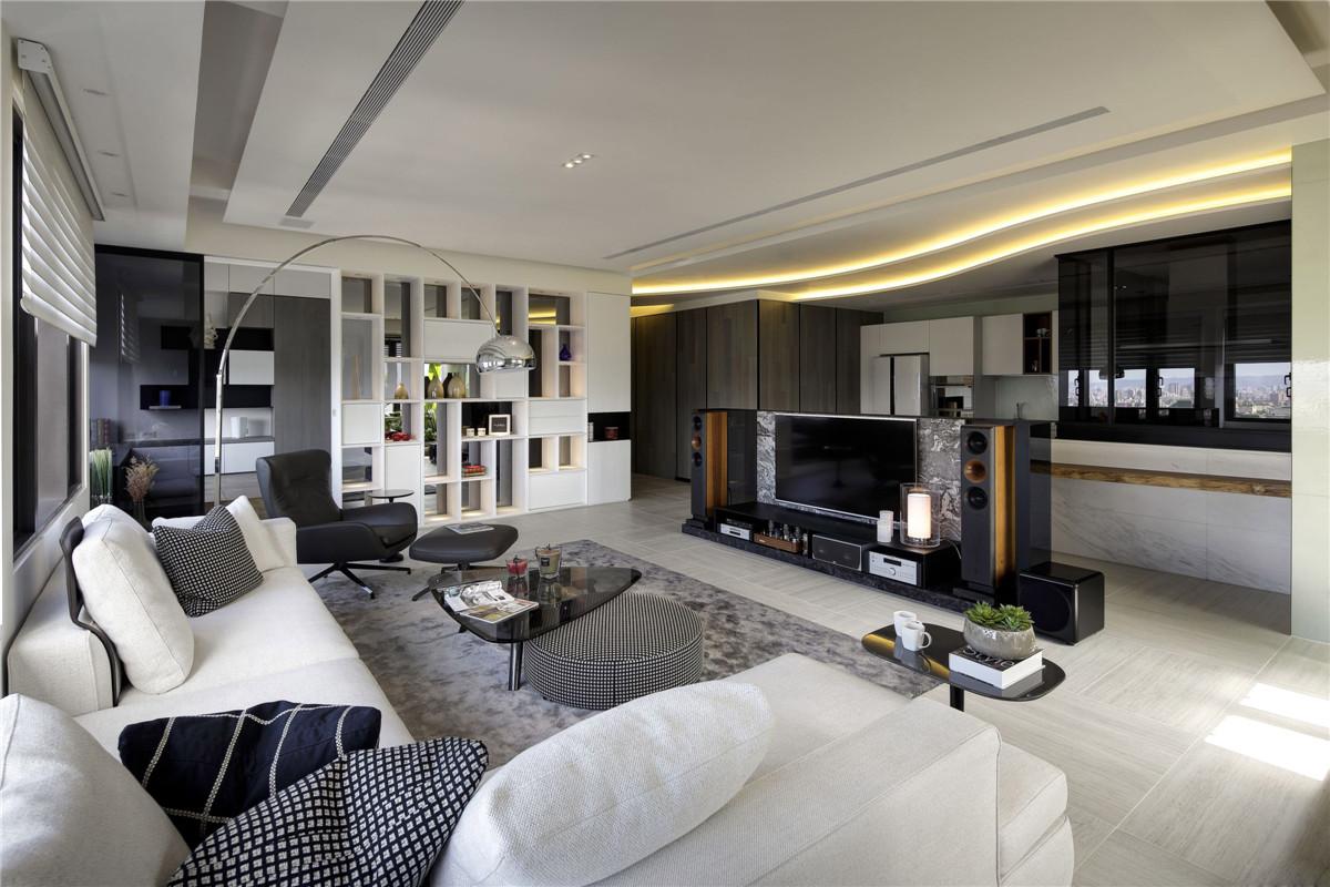 客厅   客厅   客厅   客厅   厨房   卫生间   装修方式:全包   装修工期:90天   位置:新新家园   客厅