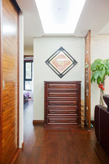 77.16平米二居室装修案例 中式古典全包10万!-恒大翡翠华庭装修