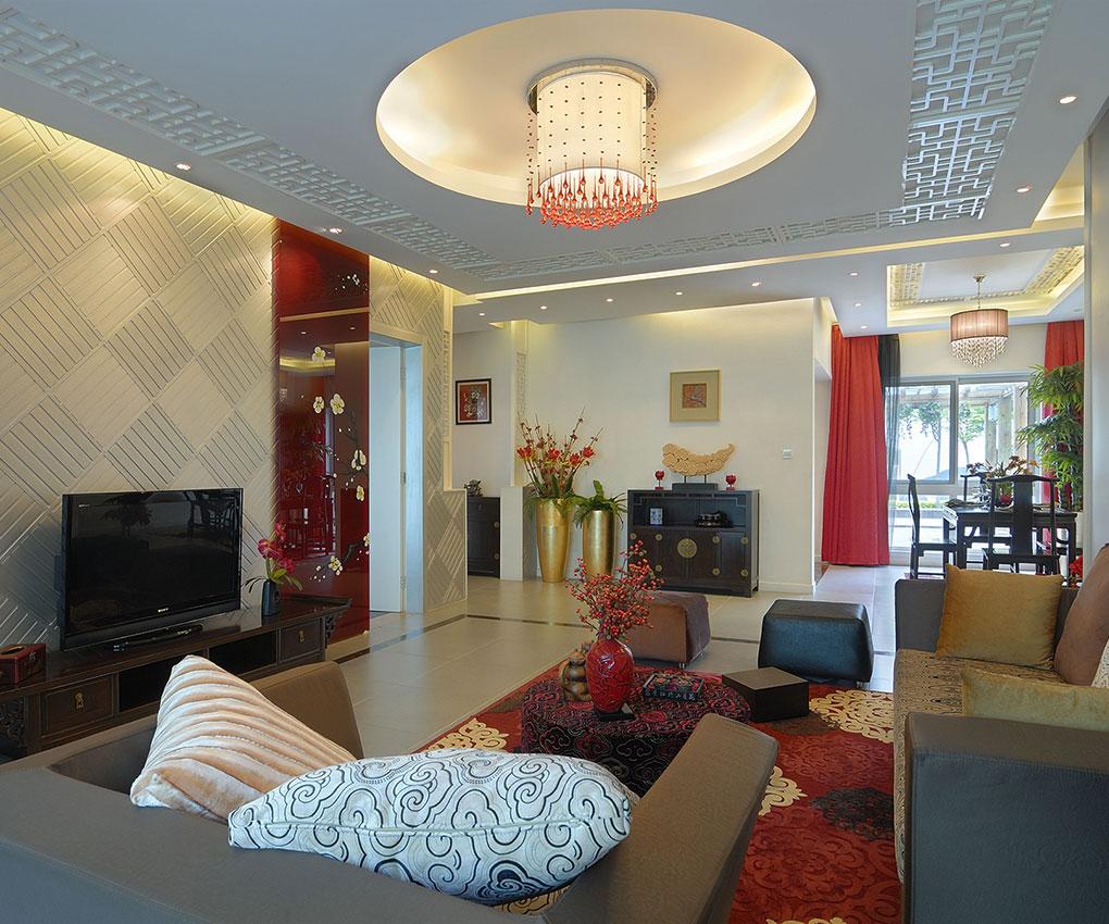 """中式古典风格的室内设计是在线性、色调、家具及装饰等方面吸取了传统的装饰的""""形""""""""神""""进行创意的。传统室内设计的手法体现了中国人的含蓄气质。中国古人的室内设计工艺是极其精湛的,其设计理念和今天流行的简约主义有不谋而合之处。"""
