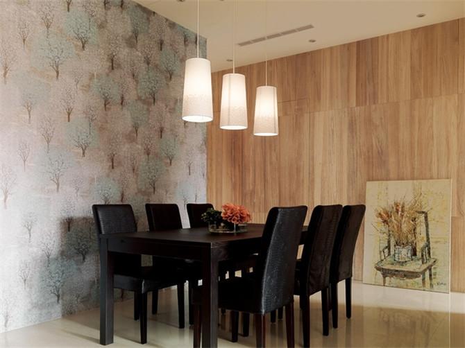 家具配置上,白亮光系列家具,独特的光泽使家具倍感时尚,具有舒适与美观并存的享受。