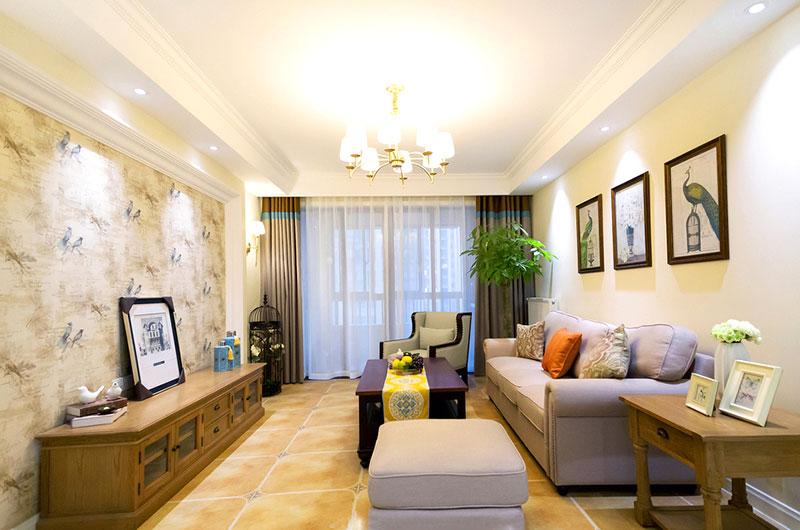 本案建筑面积115平,半包总花费17.6万,整体装修风格采用了清爽的现代美式风格,简约实用的家具搭配清新的壁纸,开阔的空间布置带来良好的采光,这样一个清新美好的日光宅大概是很多人都想要拥有的吧,温馨舒适的氛围满足了业主对家的期待。