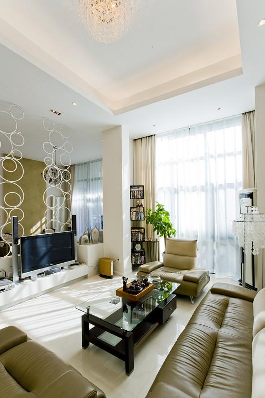 135平米现代简约风格三居室,预算7万,点击看效果图!-恒大江湾装修