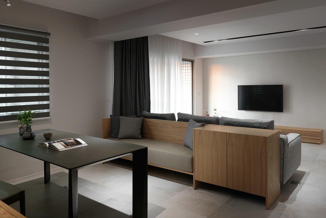 木色极简风 现代雅致145平三居设计
