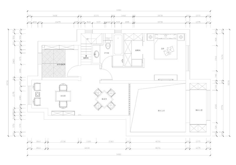 案例位于潮白河孔雀城,户型修改了卫生间位置和楼梯位置,增加了楼板。增加10平米的使用面积,风格为新中式,业主为归国华侨。