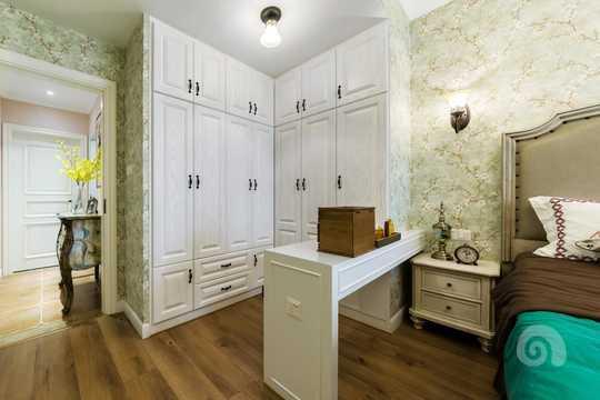 """把原来的卫生间改成了一个大大的衣帽间,也给你""""剁手""""换回来的战利品一个舒适的家!"""