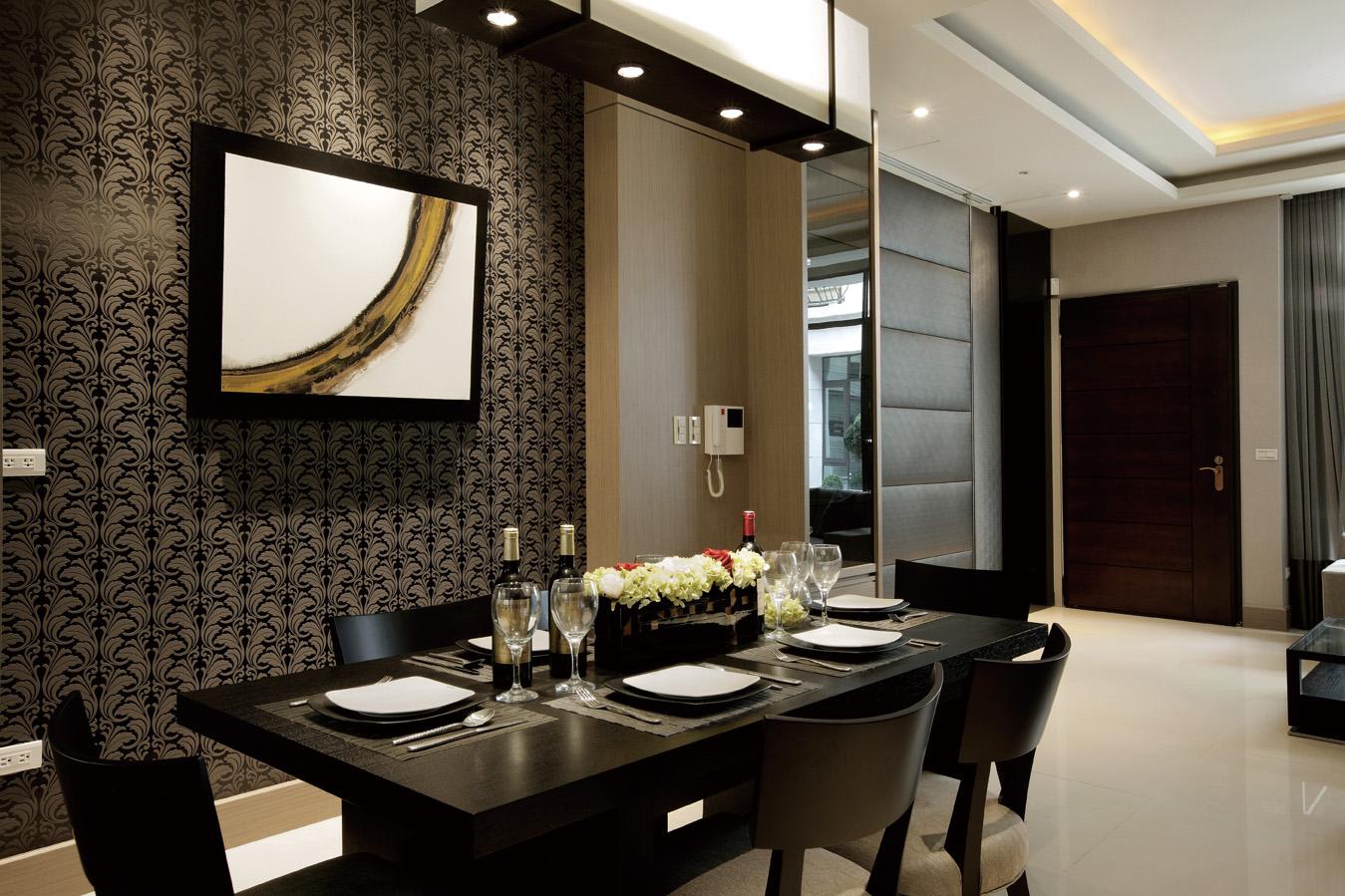 满足业主需求,简约风格采用黑白典雅的风格,让空间尽显奢华