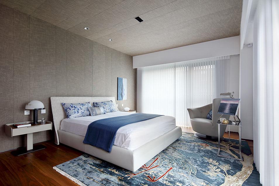 现代简约六居室卧室床装修效果图