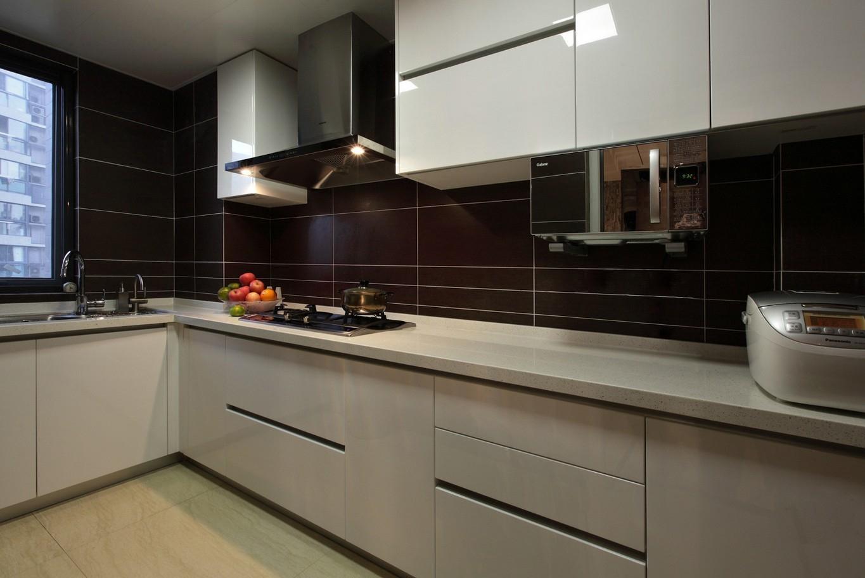 L型橱柜的设计可以更方便的利用空间