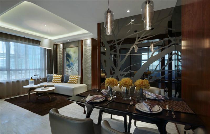 餐厅采用镜面设计,让整个空间显得更加大。